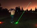 """夜间也好做""""运动"""" LED高尔夫球受宠爱"""